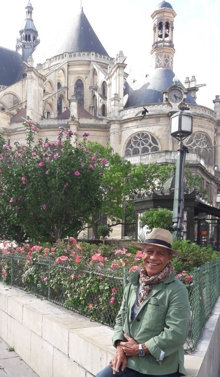 Augustinho Paris.jpg