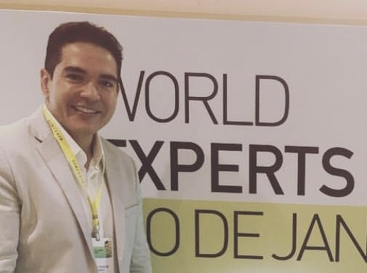 Delmo World Experts.jpg