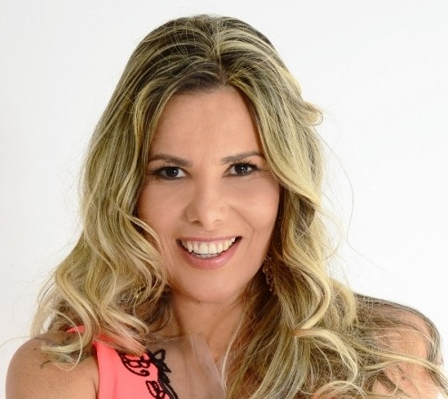 Márcia Freire Carna RioMar.jpg
