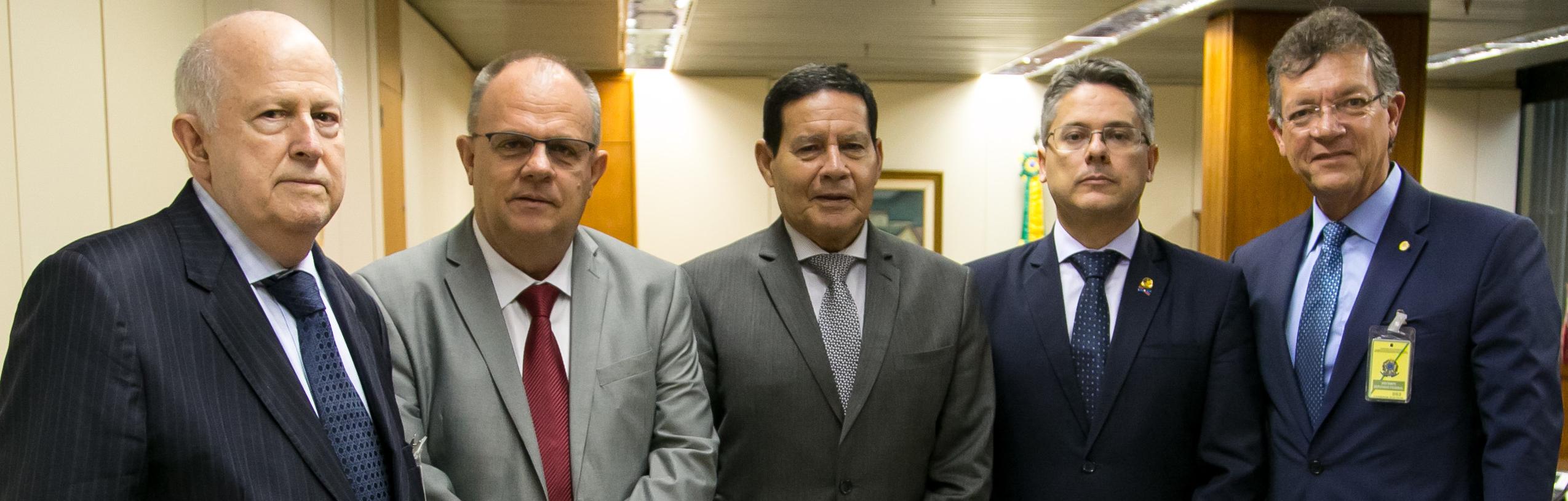 Laércio, Mourão e Cia.jpg
