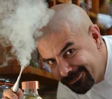 Chef Alex Sotero capa.jpg