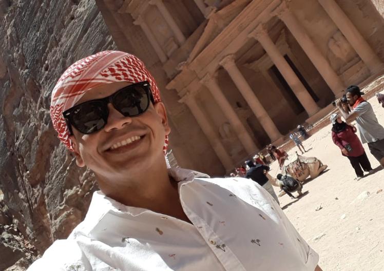 Max Alberto em Petra.jpg