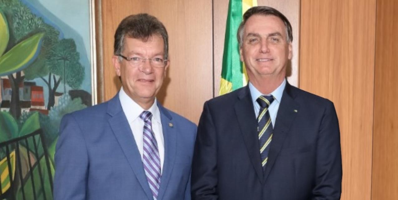 Laércio Oliveira e Bolsonaro.jpg