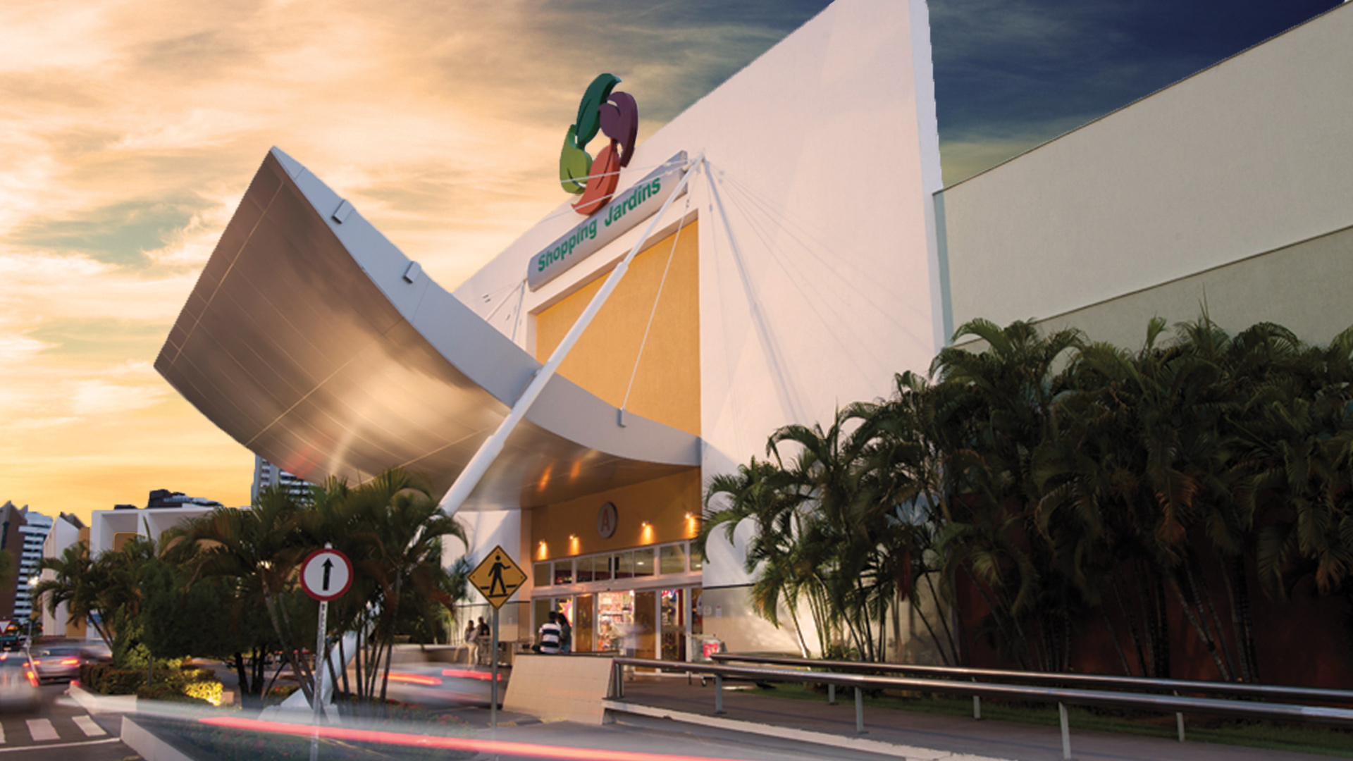 Faixada Shopping Jardins 2020.jpg