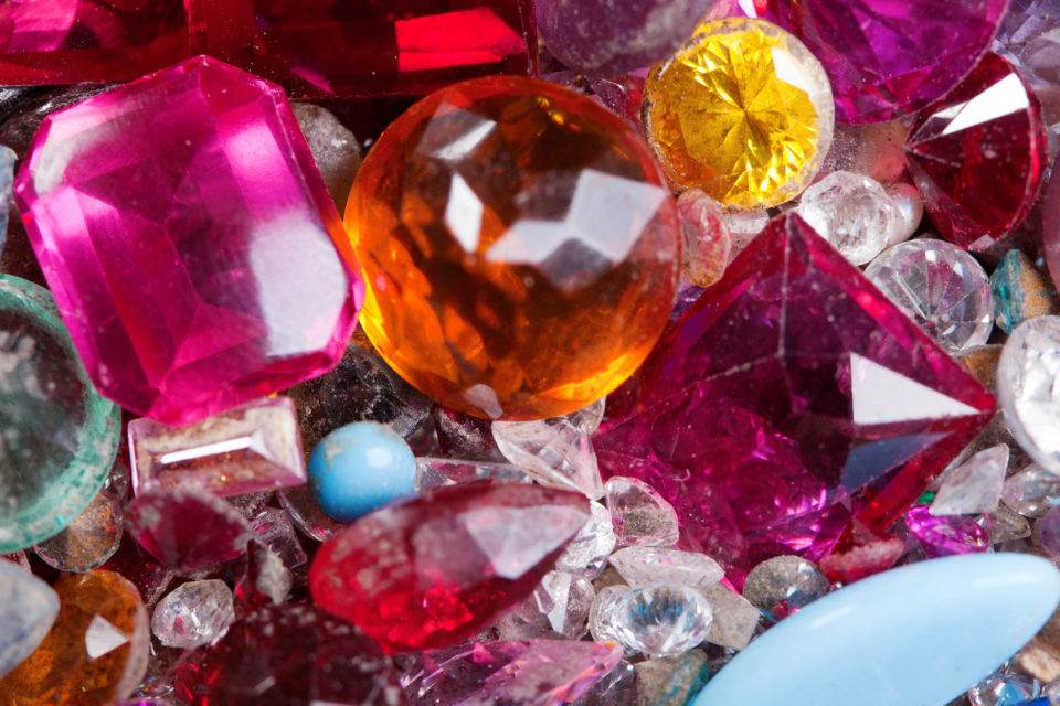 Pedras preciosas.jpg