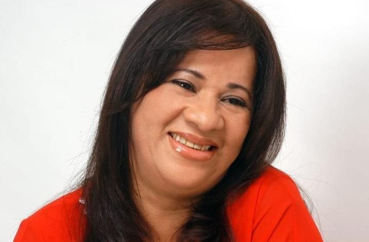 Thyna Ramos.jpg