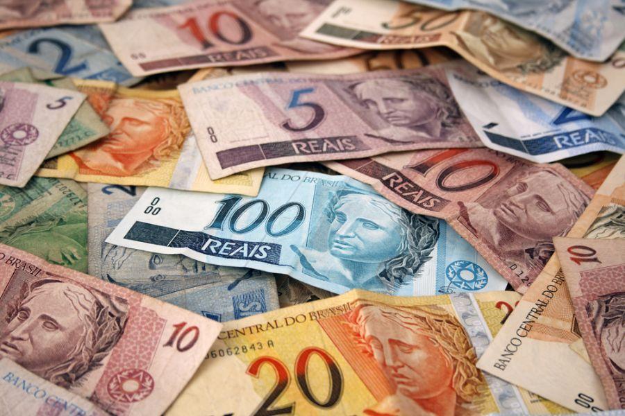 Dinheiro em papel.jpg