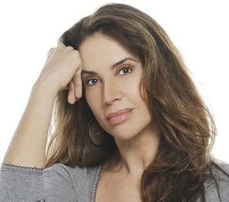 Claudia Alencar capa.jpg